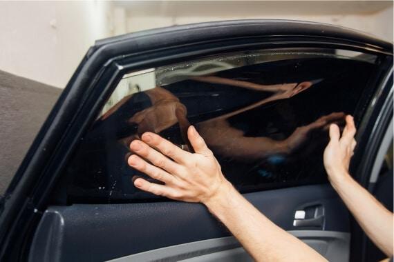 automobilių langų stiklų tamsinimas Vilniuje