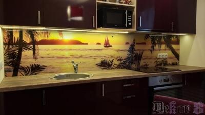 virtuvinis-stiklas-010