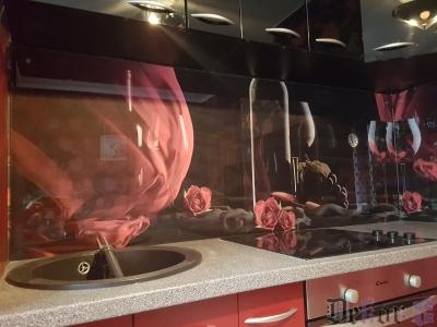 virtuvinis-stiklas-054