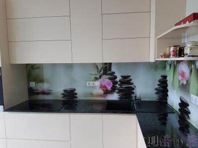 virtuvinis-stiklas-083
