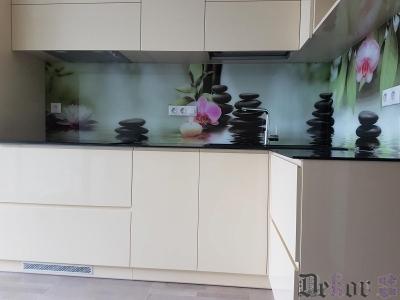 virtuvinis-stiklas-084