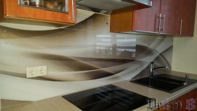 virtuvinis-stiklas-091