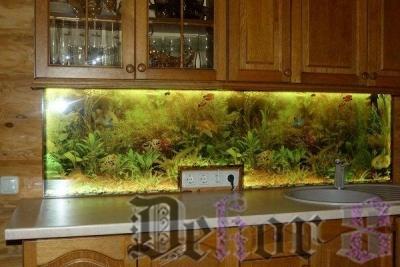 virtuvinis-stiklas-272