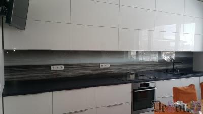 virtuvinis-stiklas-289