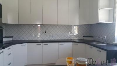 virtuvinis-stiklas-300