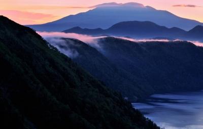 wps-1000-2357 tap 2540x4000 kalnai gory